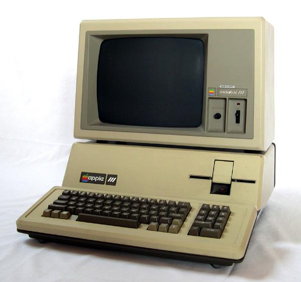 The Evolution Of Apple Design Between 1977 2008 Webdesigner Depot